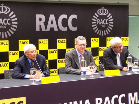 De izquierda a derecha, el presidente del RACC, Sebastià Salvadó, el alcalde de Madrid, Alberto Ruíz Gallardón, y Miquel Nadal, director de la Fundación RACC