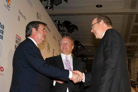 Bernabé Unda saluda al Príncipe Alberto de Mónaco, presidente del EV20