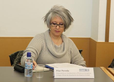 Pilar Pereda, especialista en Eficiencia Energética del Colegio Oficial de Arquitectos de Madrid, aludió a la necesidad de formación también en el ámbito de los concesionarios para que el usuario que acuda a preguntar por un vehículo eléctrico obtenga respuestas adecuadas