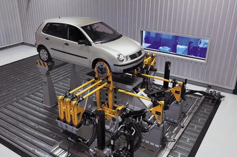 Vehículo Volkswagen en un laboratorio del Centro de Tecnológico de la Automoción de Navarra.