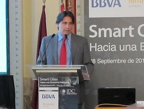 Enrique Diego Bernardo, Subdirector de Tecnología y Sistemas de Información de la EMT en la Jornada de Smart Cities IDC