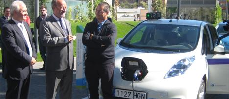 Recarga del taxi eléctrico en Valladolid