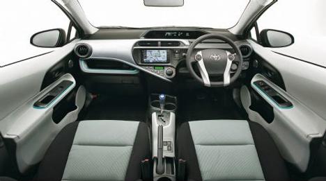 Interior Toyota AQUA