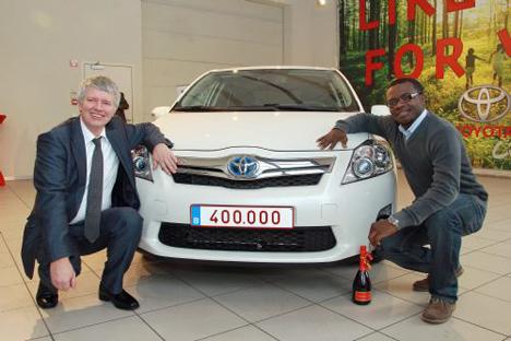 Toyota entrega su hibrido 400.000