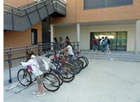 Aparcabicicletas para los centros educativos
