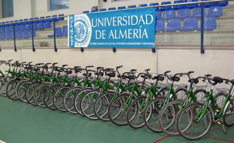 Préstamo de bicis en la Universidad de Almería