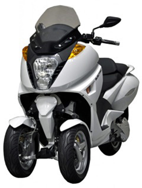 Moto eléctrica de tres ruedas de Going green