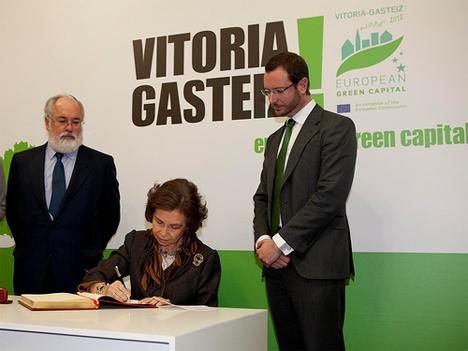 Acto de Inauguración oficial del año de la actual Capital Verde Europea, presidido por S.M. la Reina Dña. Sofía en el en el Palacio Montehermoso (Fotografía: Quintas, Fuente: Ayuntamiento de Vitoria-Gasteiz)