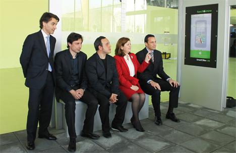 Xavier Pujol (Consejero Delegado de FICOSA), Fernando Salcedo (Director General de Telefonica España), Carlos Silva (Consejero Delegado de ADmira), Isabel López Ortuño (Directora General de JCDecaux) y Norberto Mateos (Director General de Intel)