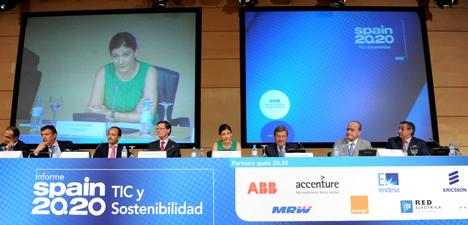Participantes en la presentación del Informe Spain 20.20