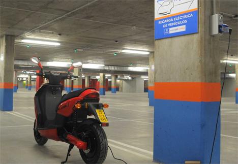 Recarga de moto eléctrica