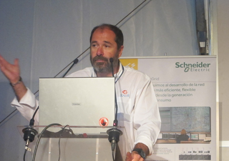 Sergio Vega, Director del SDE 12