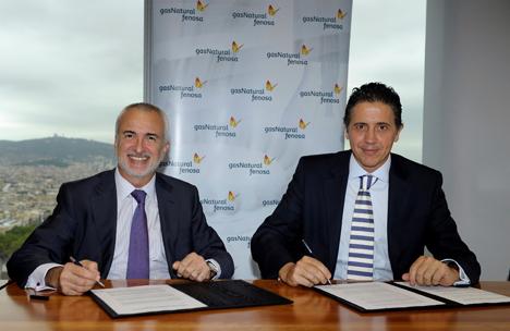 De izquierda a derecha: Daniel López Jordà, Director General de Negocios de Gas Natural Fenosa y Eduardo Mataix Aldeanueva, Director General de Philips Alumbrado.