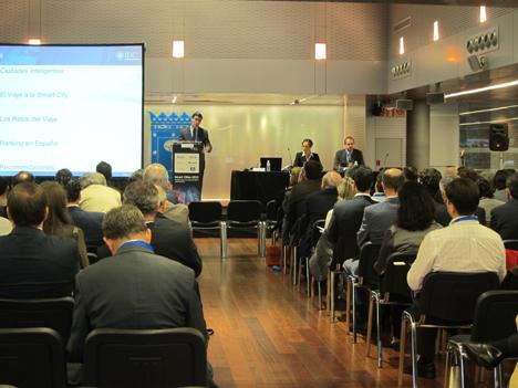 Rafael Achaerandio, de IDC, presenta el II Informe Smart Cities 2012