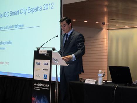 Rafael Achaerandio en la presentación del II Informe sobre las Ciudades Inteligentes españolas.