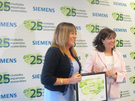Málaga recibe el premio en el área de energía.