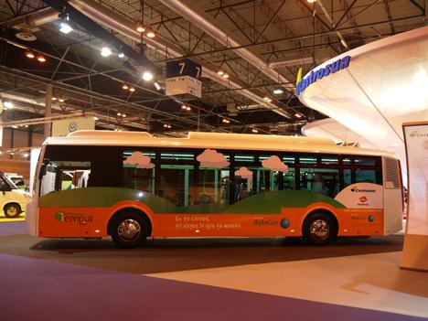 Autobús híbrido desarrollado por Repsol y Castrosua.