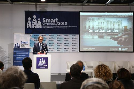 Íñigo de la Serna, alcalde de Santander, durante su intervención en la Smart City Exhibition 2012 de Bolonia.