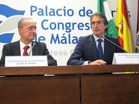 De izquierda a derecha: Francisco de la Torre, Alcalde de Málga, e Íñigo de la Serna, Alcalde de Santander y Presidente de la RECI.