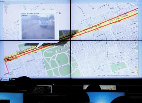 Detalle de uno de los mapas del Centro de Control de Operaciones de Rio de Janeiro.