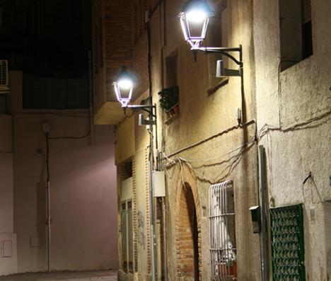 Alumbrado de Philips en una de las calles de Sant Cugat del Vallés.