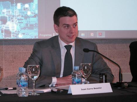 Juan Corro, Director del Gabinete del Secretario de Estado de Telecomunicaciones y para la Sociedad de la Información del Ministerio de Industria, Energía y Turismo y Presidente del Comité Técnico de Normalización AEN/CTN 178 de Ciudades inteligentes.