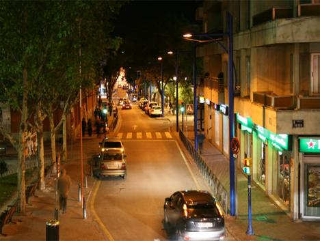 Calle del municpio de Getafe iluminada con el sistema StarSense de Philips