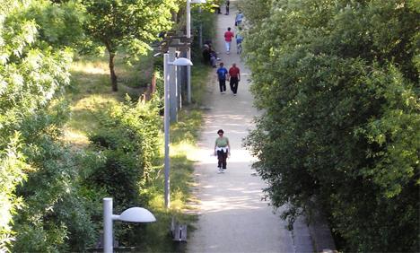 Zonas verdes de paseo de la ciudad de Orense iluminadas con el sistema StarSense de Philips