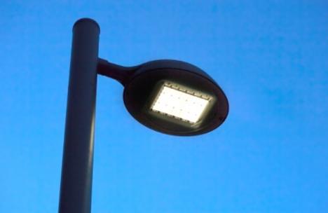 Farola con tecnología LED, de Philips