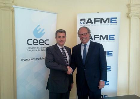 El secretario general-gerente de AFME, y el presidente del CEEC, Carles Albà, en la firma del convenio.