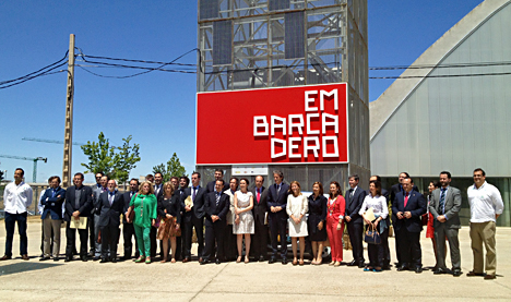 Foto de familia de la Asamblea anual de la Red Española de Ciudades Inteligentes celebrada en Cáceres.