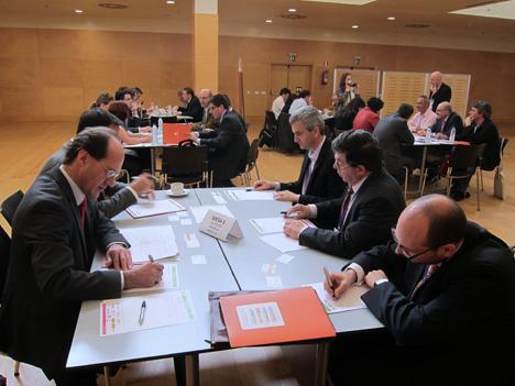 Grupos de trabajo en las mesas del I Workshop Smart Grids