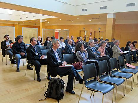 Participantes en el I Workshop Smart Grids duarante las ponencias iniciales.