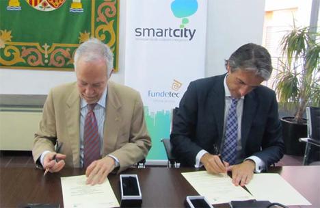 De izquierda a derecha: Eugenio Fontan, Decano-Presidente del Colegio Oficial de Ingenieros de Telecomunicación (COIT), e Íñigo de la Serna, Presidente de la Red Española de Ciudades Inteligentes (RECI)