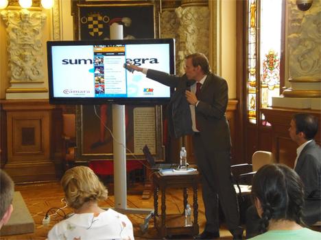 Presentación de la Plataforma Suma e Integra, de Valladolid.