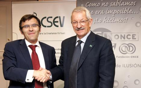 Firma del convenio de colaboración entre Fundación ONCE y Fundación  CSEV