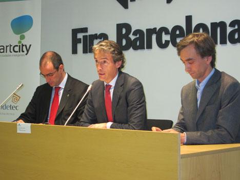 Rueda de prensa tras la Junta Directiva de RECI en la que ha participado su Presidente, Íñigo de la Serna, junto a representantes de la Red RENER y el Ayuntamiento de Barcelona.