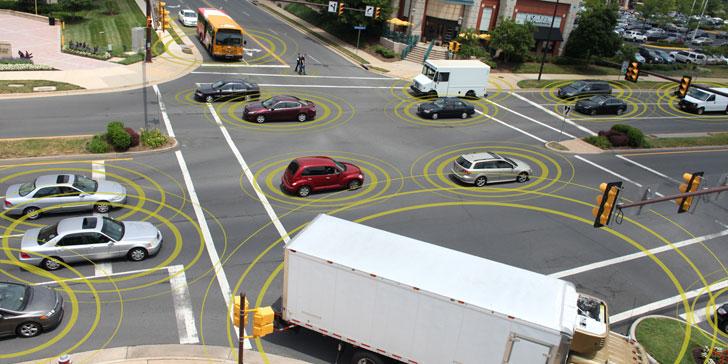 Vehículos conectados en un cruce