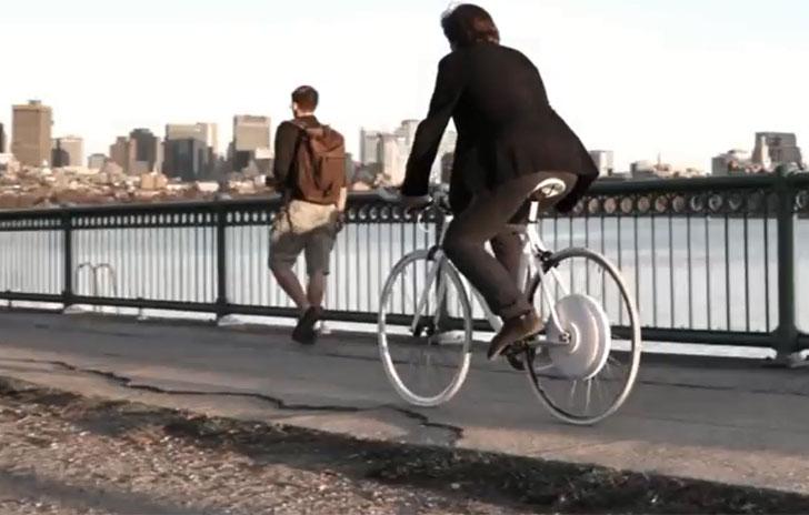 Bicicleta con el sistema Copenhagen Wheel