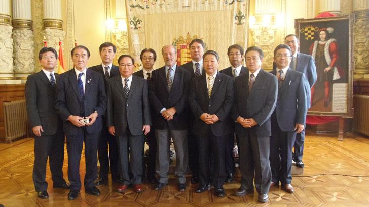 Delegación de ayuntamientos japoneses visita Valladolid