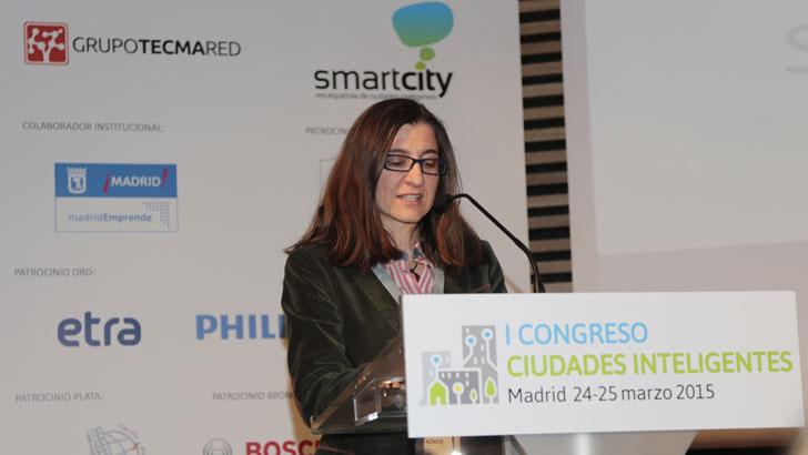 """Tania Marcos, Secretaria de AEN/CTN 178 """"Ciudades Inteligentes"""" y Jefe de Calidad, Medio Ambiente y Riesgos de la Dirección de Normalización de la Asociación Española de Normalización y Certificación (AENOR)"""