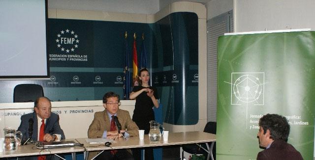 El Director de la Fundación ACS y el Secretario General de la FEMP, en la apertura de la Jornada.
