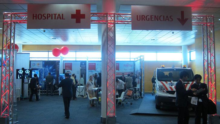 Sección de salud en la zona expositiva Fujitsu Smart Community