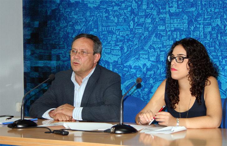 Juan Alfonso Ruiz, portavoz del Gobierno Municipal de Toledo, e Inés Sandoval, Viceportavoz.