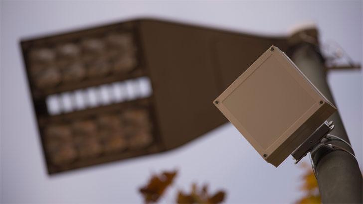 Sensor en Farola para detección de plazas de aparcamiento libres