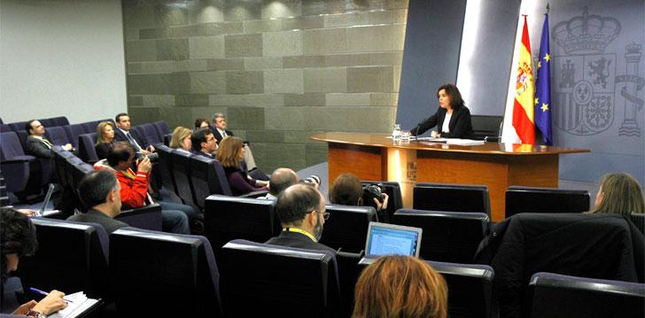 Soraya Saénz de Santamaría durante la rueda de prensa tras el Consejo de Ministros