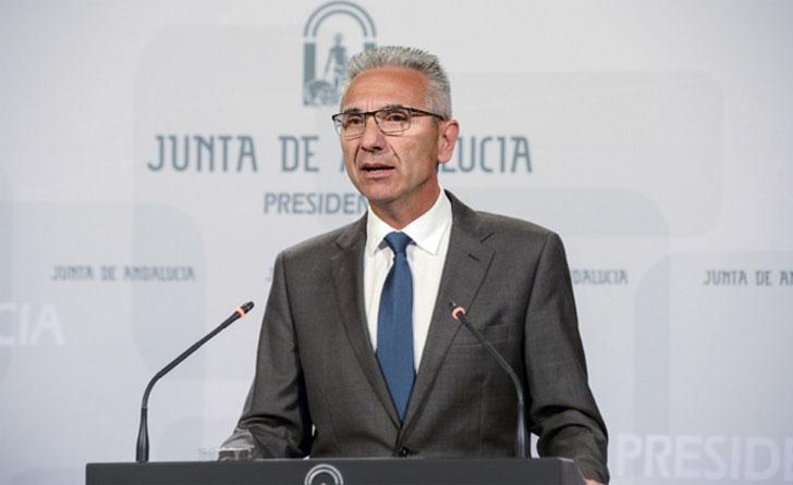 El portavoz del Gobierno andalúz en rueda de prensa