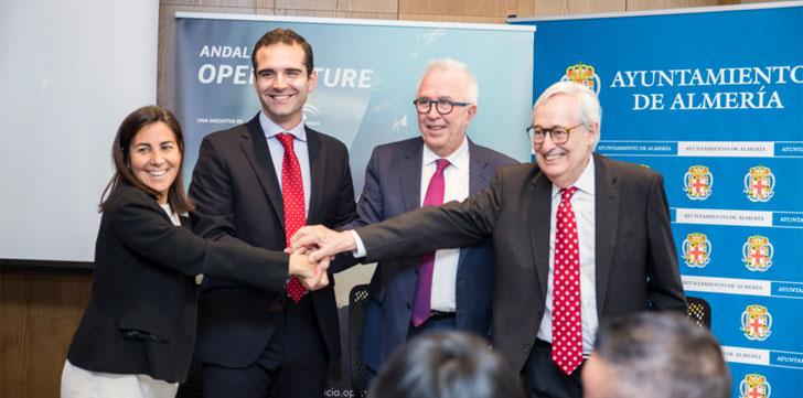 Firmantes del acuerdo para que Almería tenga un espacio de trabajo colaborativo