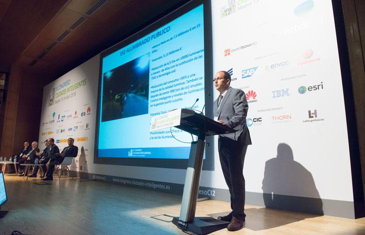 Carlos Ventura del Ayuntamiento de Rivas Vaciamadrid durante su ponencia