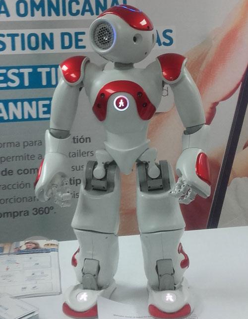 El robot Mercurio que es capaz de actuar con los clientes en las tiendas